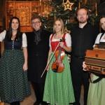 Chorgemeinschaft Freistadt Adventsingen 2013 mit Obmann Herbert Kafka, Chorleiter W.W. Mayer und der Oberaigner Stubnmusi
